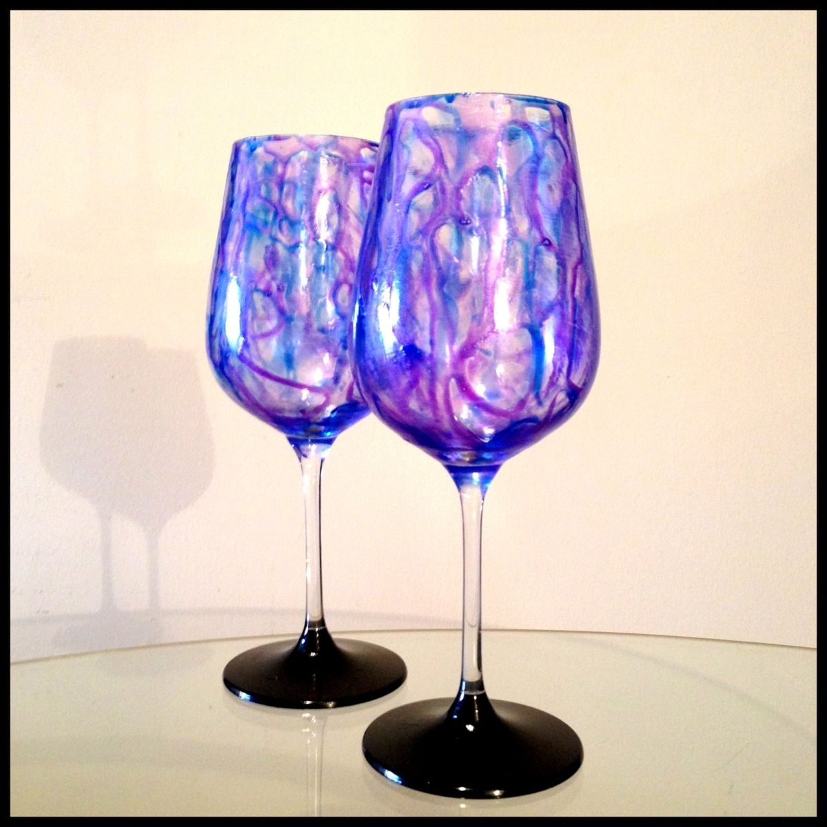 Handmade Purple And Blue Abstract Design White Wine