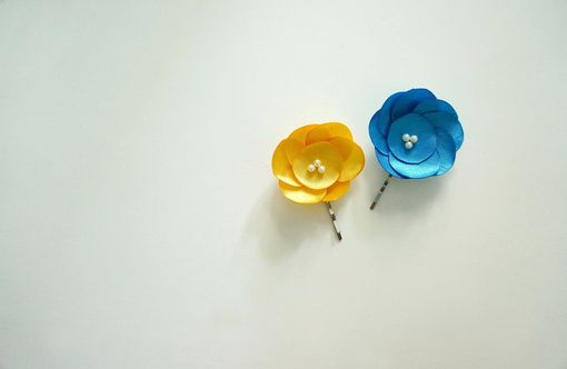 Custom Made Blue And Yellow Hair Pins For Bridesmaids And Flower Girls