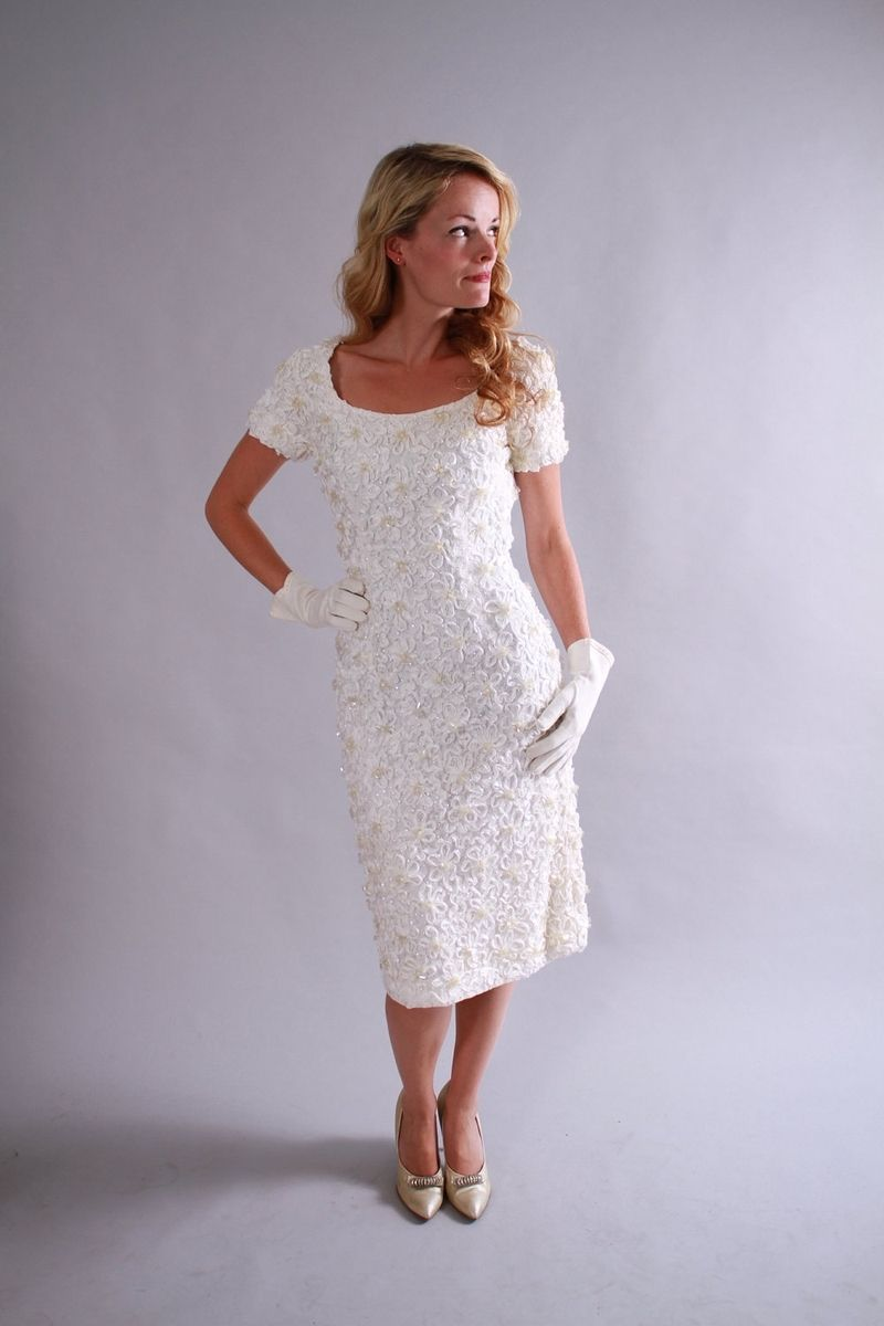 Hand Crafted 1960s Vintage Wedding Dress Set From Beaded White ...