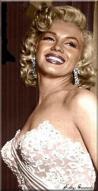 Custom Made Marilyn Monroes White Silk Satin And Alencon Beaded Lace Dress Formal Wiggle Wedding Gown And Train