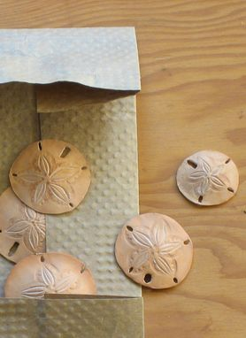Custom Made Leather Natura: Sculpted Plants And Small Wonders