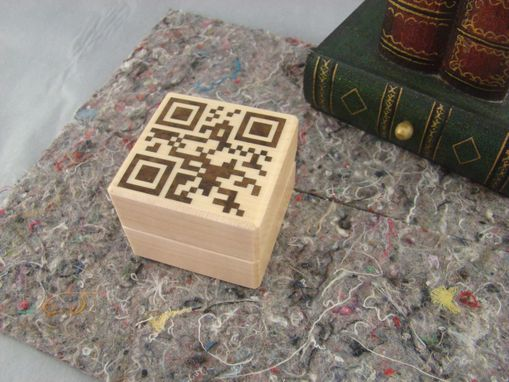 Custom Made Let Her Scan This With Her Phone, I Love You In The Qr Code.  Rb-29