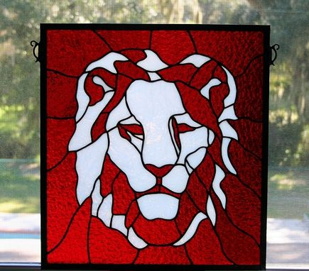 Hand Made Stained Glass Lion Head By A Glass Menagerie