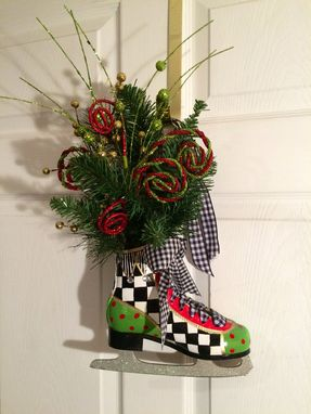 Custom Made Painted Figure Skate Decoration Centerpiece Skating Ornament Hand Painted Wreath