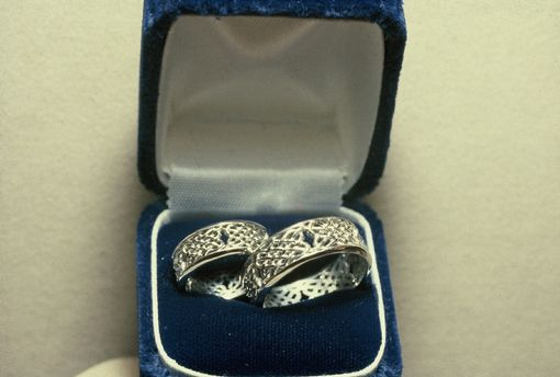 Custom Made Platinum Saw-Pierced Open Continuous Celtic Knot Bands