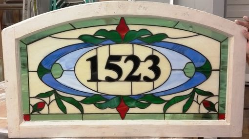 "Custom Made Stained Glass Address Marker - ""Traditional Rosebuds"" (Am-192)"