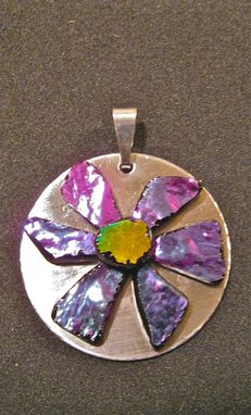 Custom Made Glass Flower Power Pendant