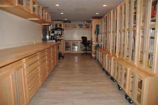 Custom Made Custom Kitchens, Entertainment, Workshop,Banqet Seating And Tables