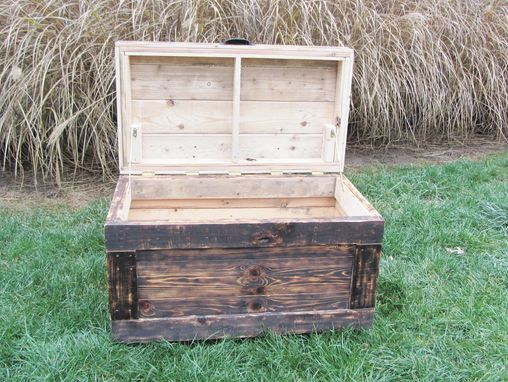 Custom Made Wood Chest Made From Reclaimed Wood Pallets - Hope Chest - Toy Chest