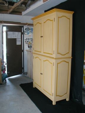 Custom Made Bed & Breakfast Pantry
