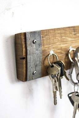 Custom Made Habere - Magnetic Key Holder