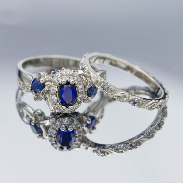 Sapphire Engagement Rings Custommade Com