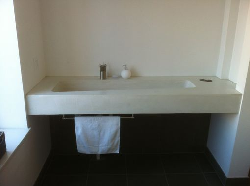 Custom Made Tennis Sink - Concrete