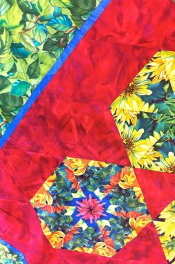 Custom Made Quilt-Detail3-Sunfl...Llow-Blue