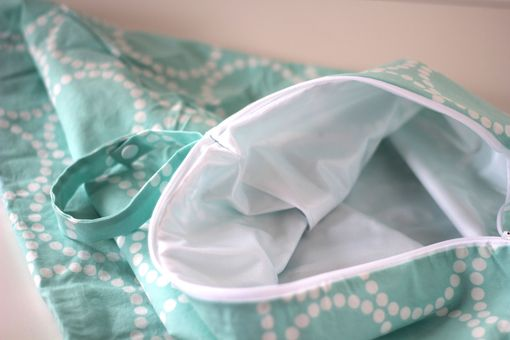 Custom Made Xl Lay Flat Messy Bags (Wet Bags) - Aqua Pearl Bracelet