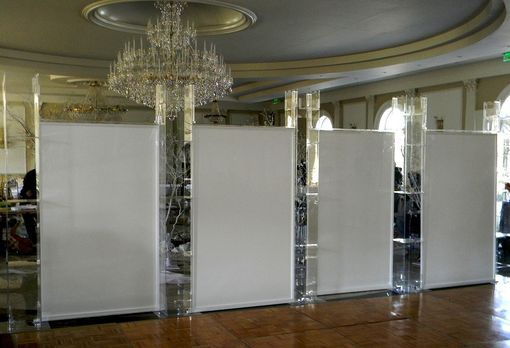 Custom Made Full Acrylic Mechitza-Wall With Clear Pillars And White Divider Walls