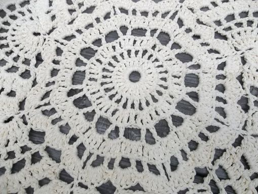 "Custom Made Cotton Crochet Doily Rug In 36"" Circle Lacy Shell Pattern"