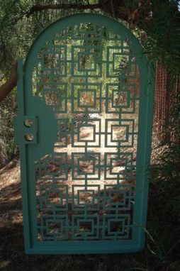 Custom Made Contemporary Metal Gate Pedestrian Walk Decorative Art Iron Garden Modern Patio