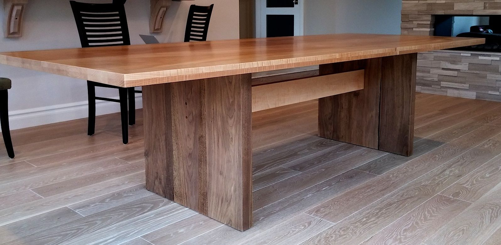 hand made modern dining table walnut by aaron smith woodworker