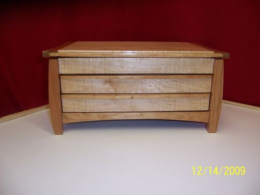 Custom Made Curly Maple & Cherry Jewelry Box