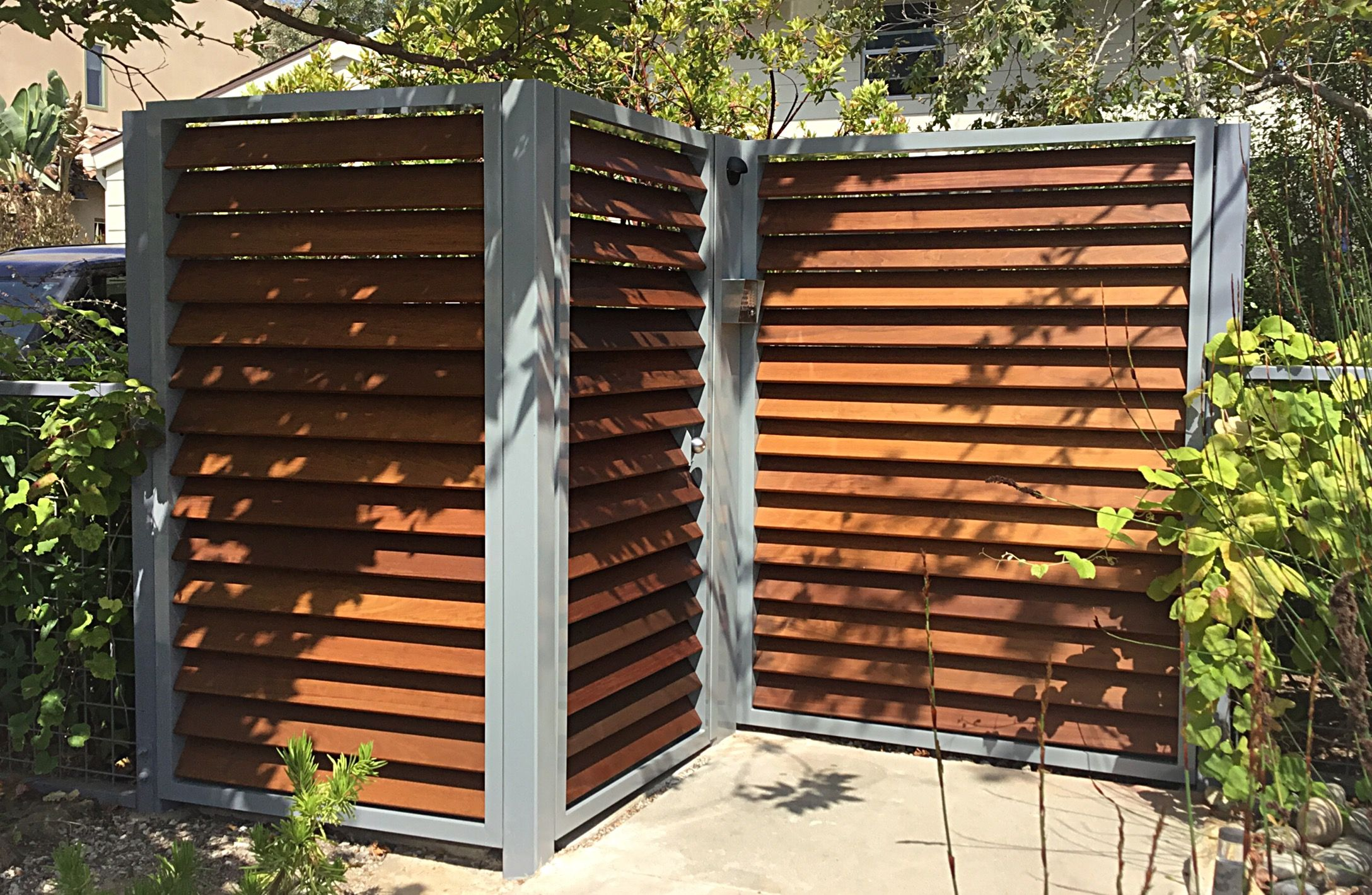 Custom aluminum ipe modern metal gate by szk metals