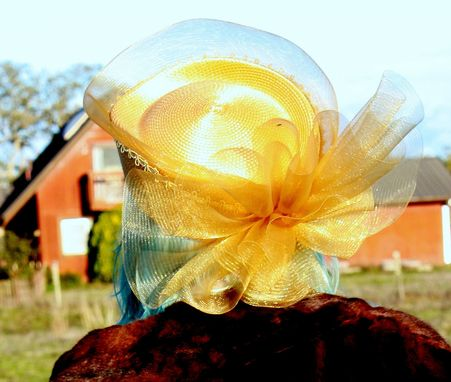 Custom Made Vintage 50s Gold Hat With Gold Net Tulle And Rhinestones