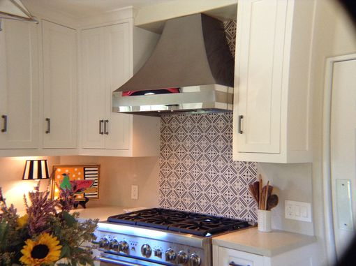 Custom Made #107 Non-Directional Stainless Steel Hood With Curved Sides And Mirrored Straps