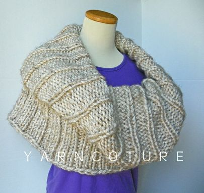 Custom Made The Pocket Cowl - Fall Winter Fashion Convertible Cowl/Capelet