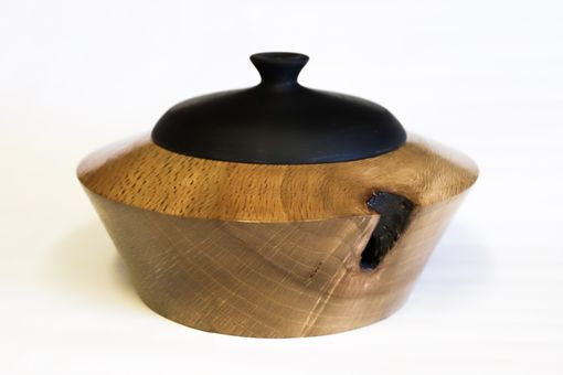 "Custom Made 10"" Live Oak & Epoxy Lidded Box"