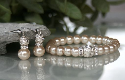Custom Made Creamy Champagne Swarovski Glass Pearl Earrings And Bracelet Set For Bridesmaids