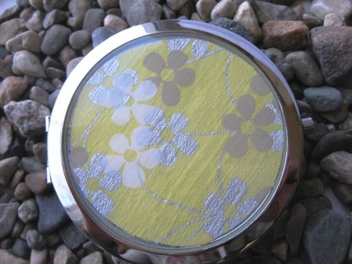 Custom Made Double-Sided Compact Mirror With Buttered Flowers Design