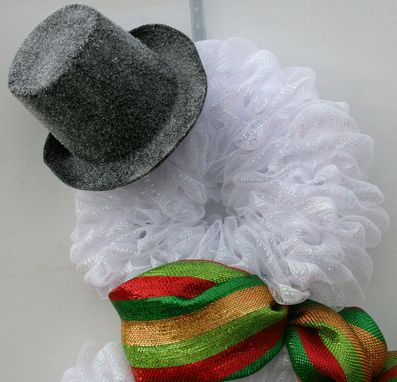 Custom Made Frosty The Snowman Mesh Wreath