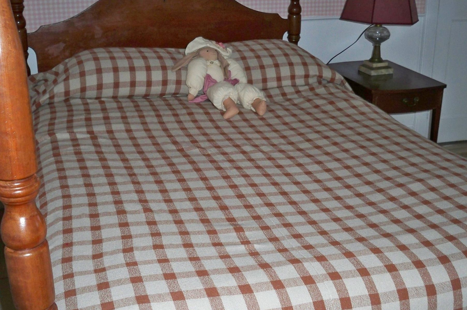 Custom Bedspread For Queen Size Bed In Cotton Hand Woven