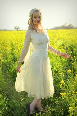 Custom Made Vintage 1940s Wedding Dress Silk Crepe And Chantilly Lace Tea Length Bridal Gown