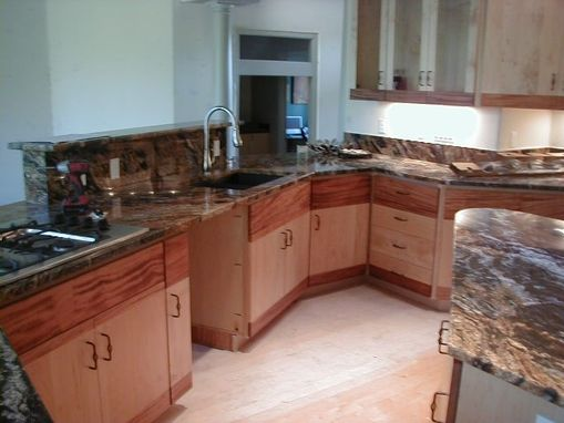 Custom Made Contemporary Kitchen  . Portland  Oregon.