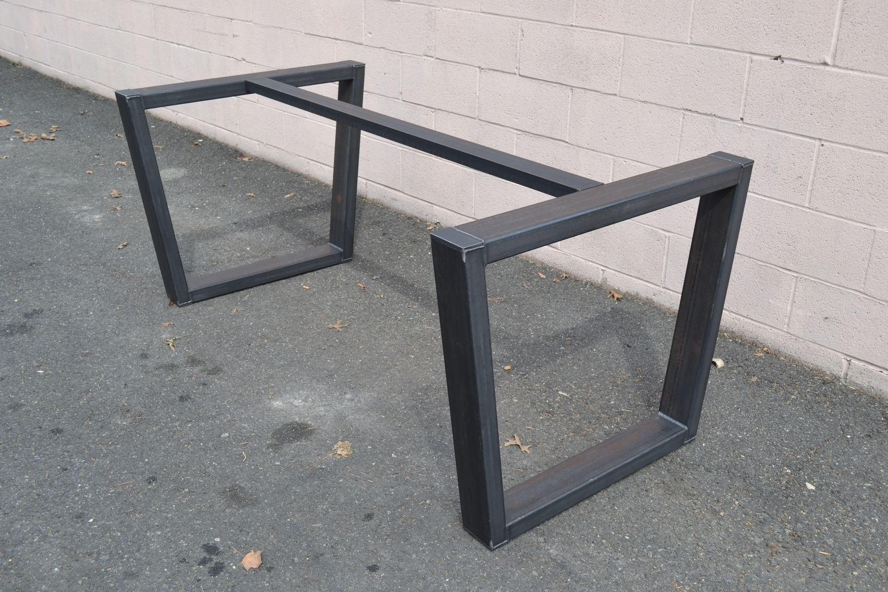 Hand made industrial style steel table base by steeldesign - Pieds de table vintage ...