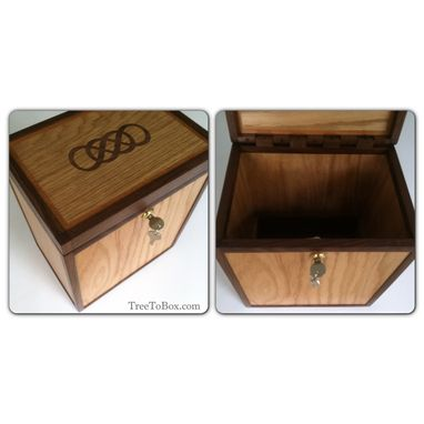 Custom Made Keepsake Boxes