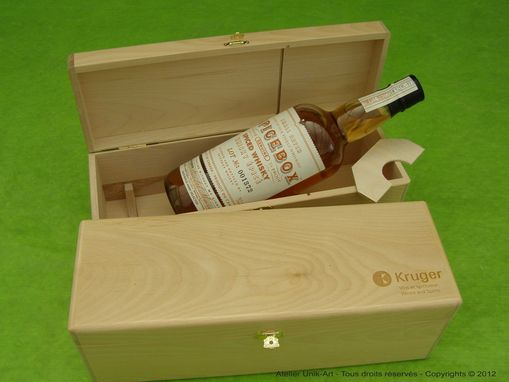 Custom Made Custom Wooden Boxes / Corporate Gifts