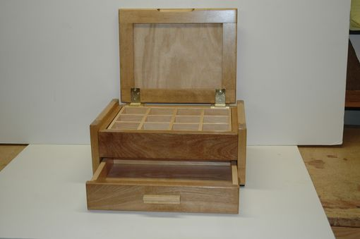 Custom Made Maple Jewelry Box W Stone Veneer Inlays