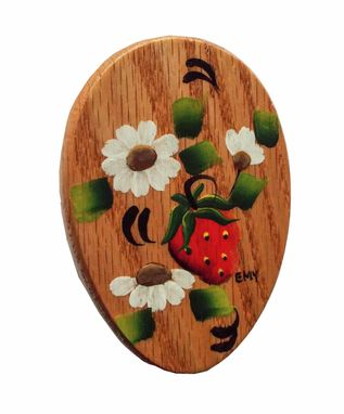 Custom Made Amish Wonderful Strawberries Towel Holder Oak Stained Hand Painted Magic Marble