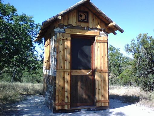 Custom Made Out  Building, Cool Structure, ( Privy)