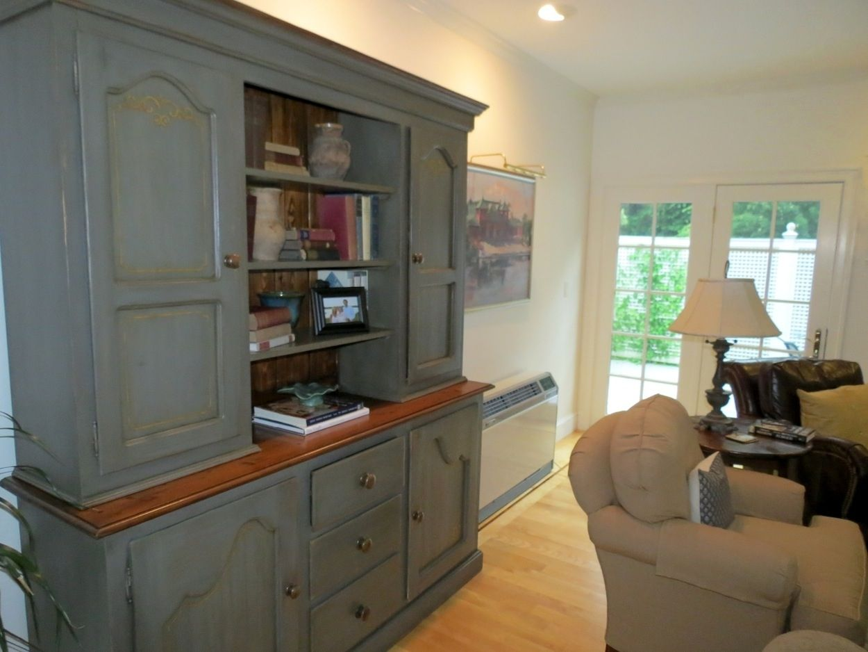 Handmade custom made farmhouse hutch by ecustomfinishes for Living room hutch