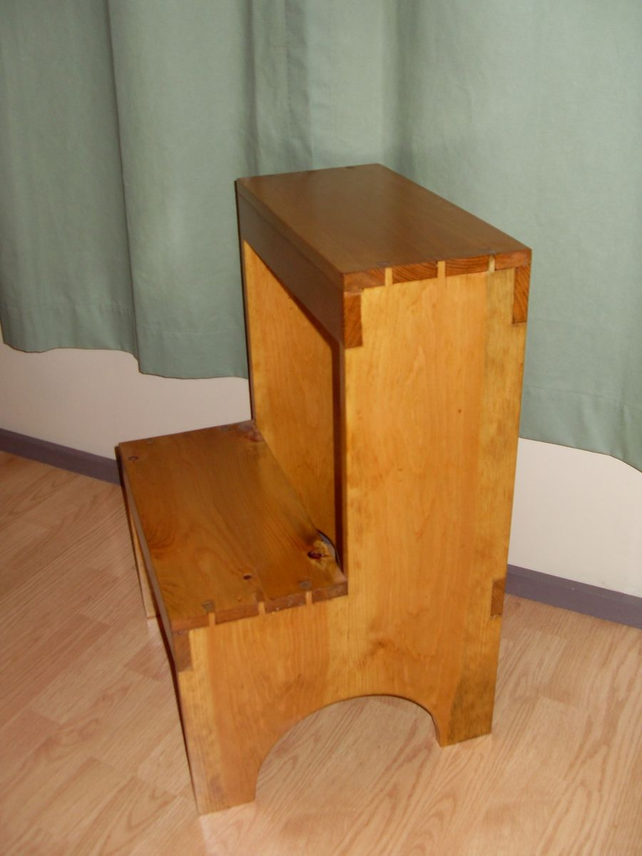Awe Inspiring Custom Dovetail Shaker Step Stool By The Frugal Woodworker Ibusinesslaw Wood Chair Design Ideas Ibusinesslaworg