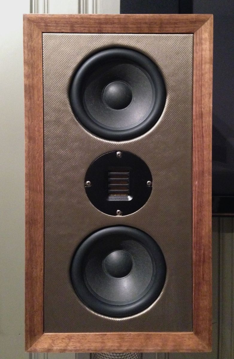 hand made f010 stand-mount speaker with ribbon tweeter by span audio