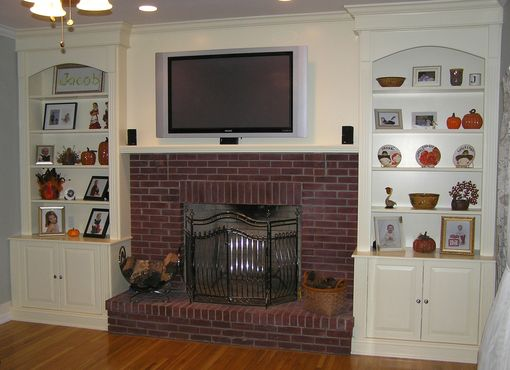 Custom Made Fireplace Remodeling And Bookcases