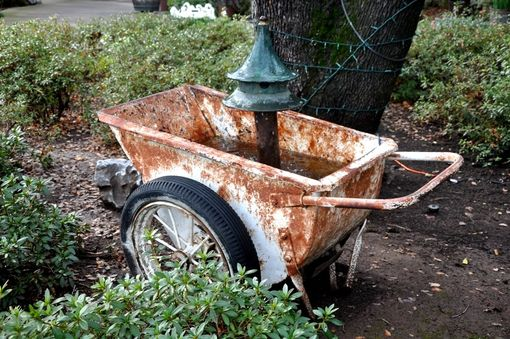 "Custom Made Rustic Buggie Water Fountain ""The Georgia Buggie''"