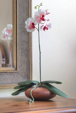 Custom Made Handmade Home Decor Ikebana Beechwood Flower Vessel With White Silk Orchid