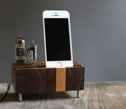 Custom Made Handcrafted Charging Station For Iphone Samsung Galaxy