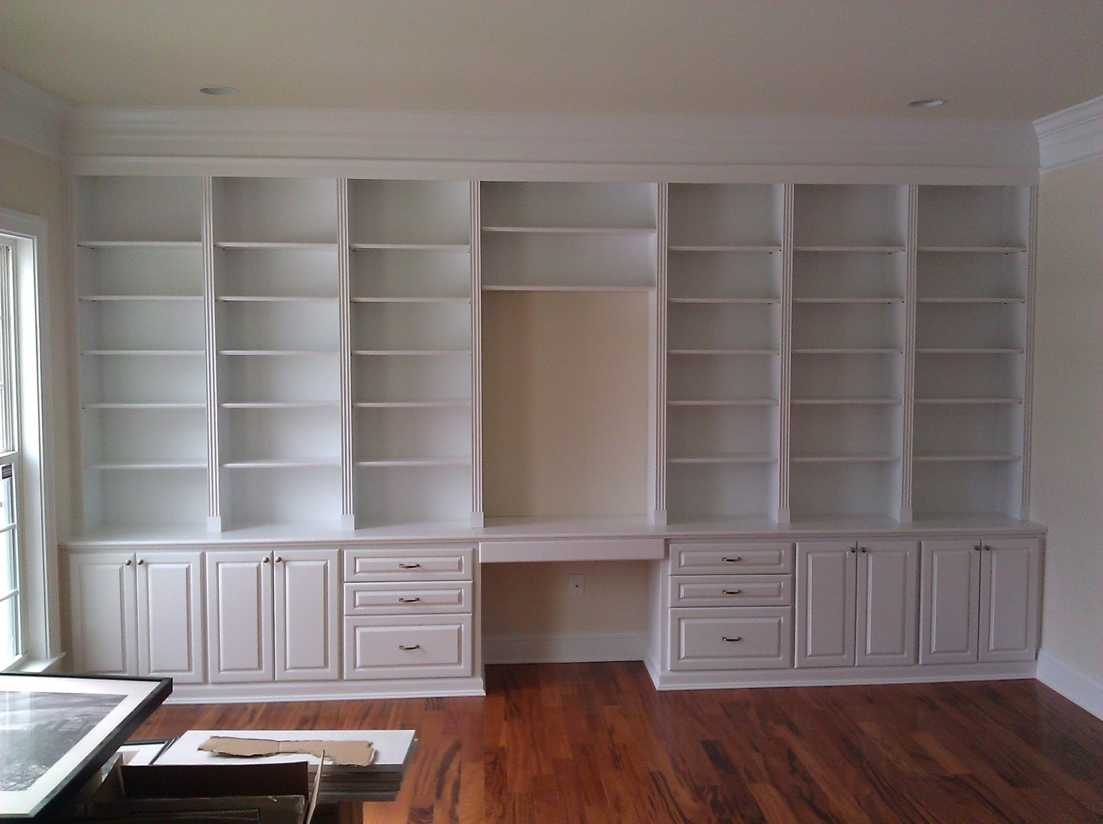 office built in. custom made built in home office e