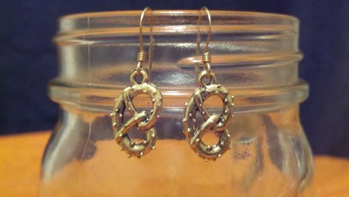 Custom Made These Pretzels Are Making Me Thirsty, Seinfeld Inspired Earrings, Ready To Ship